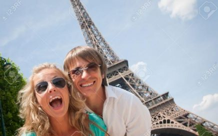7379618-happy-young-couple-having-fun-in-paris-france-stock-photo-europe