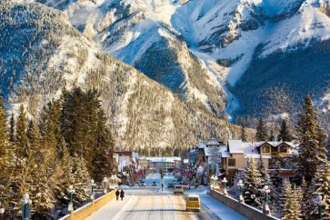 town-of-banff-winter-avenue-view-banff-alberta