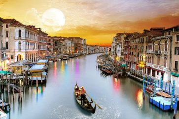 venice_italy_tourism-1366x768