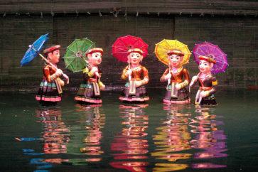 water-puppet