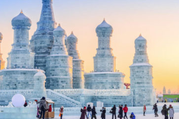 theme-parks-review-chinas-spectacular-harbin-snow-and-ice-festival-never-fails-to-impress-2-1-933x445