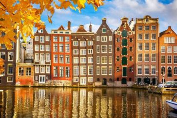 amsterdam-itinerary-houses-canal-xlarge