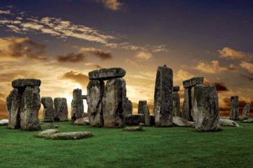 stonehenge-salisbury-plain-england-wiltshire
